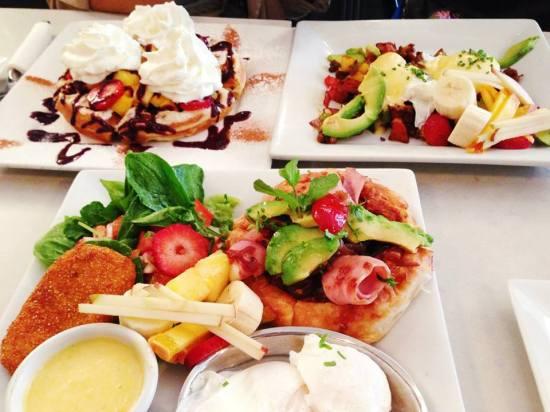 2 Cafe La Maude